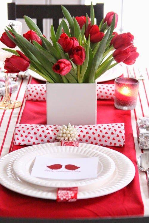 Decorar a mesa em clima de Dia dos Namorados