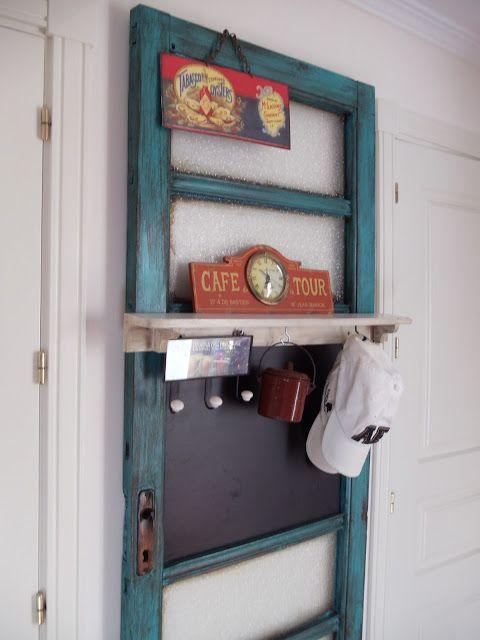 Fen tre recherche and peinture la chaux on pinterest for Restaurer une vieille porte en bois