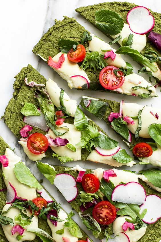 Green Split Pea Spinach Pizza: