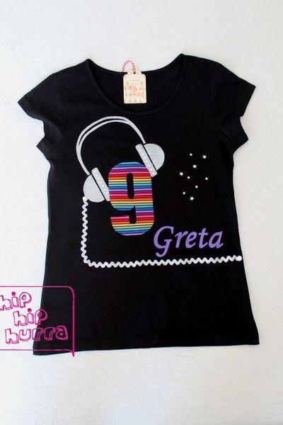 ♥ Absolut unverzichtbares Geburtstags-Shirt für die 9jährige Partylöwin. ♥  Den Aufdruck des Namens (wie abgebildet)gibt's für einen Aufpreis von...