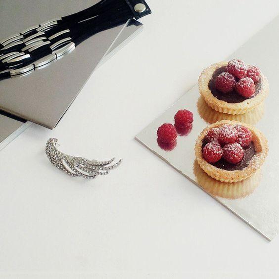 Chocolate raspberry tartlets #desserts #food #foodporn #foodstyling #instafood #baking #bakingporn #chocolate #tartelette #VSCOcam #VSCOphile #accessories #earcuff #bracelet