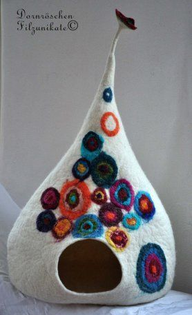 Felted Cat Cave by Susanne Karg. Adorable, whimsical and truly spiffy cat stuff!: