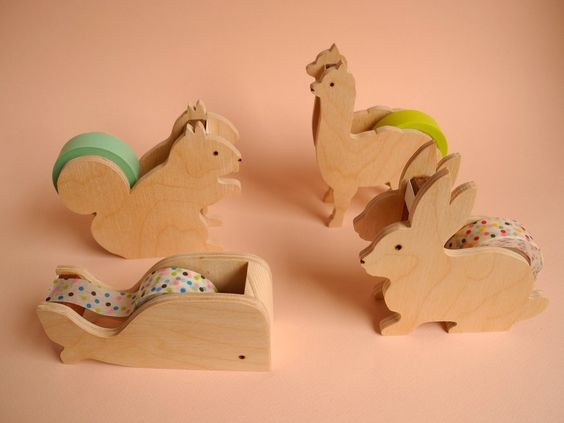 These animals keep your tape handy and look so cute doing it. 4 designs: rabbit whale alpaca squirrel Made of pine wood. Color variations...