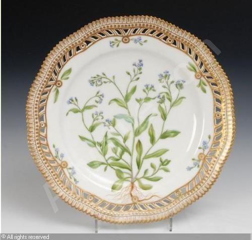 "Royal Copenhagen Flora Danica | ROYAL COPENHAGEN COMPANY (Denmark),Durchbruchteller ""Flora Danica ..."