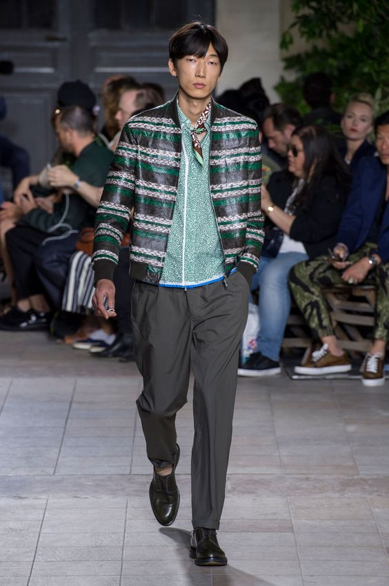 Paris Hermes Spring 2016 Menswear