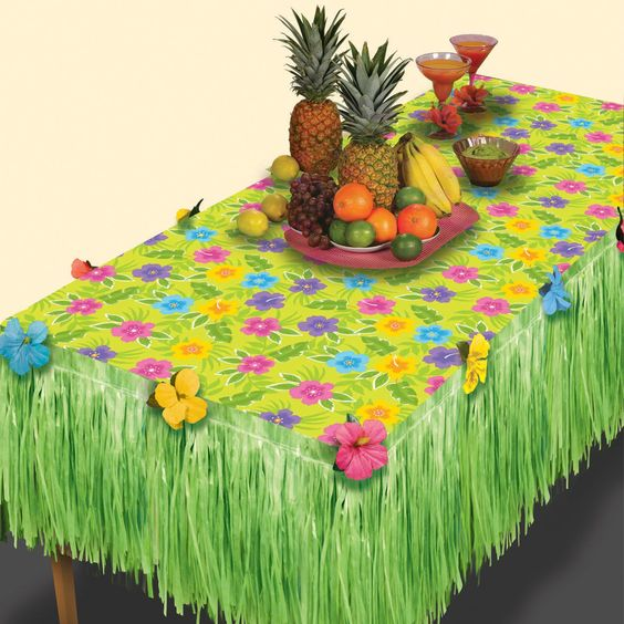 Table decorations - luau
