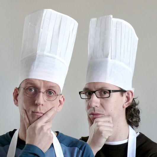 Type cooks Erik van Blokland & Paul van der Laan will teach how to cook the best font soups @ the upcoming TYPO Berlin.  http://typotalks.com/berlin/