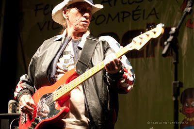 Centro Cultural Pompéia: Morre o músico Ruffino