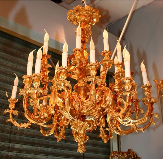 ROCOCO CHANDELIER. XIX th century FRENCH WORK. Alexandre VOSSION antiques.