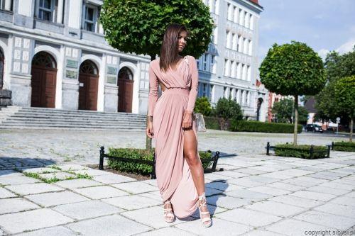 Sukienka Maxi Odkryte Plecy Hanah Pudrowy Roz Maxi Dress Fashion Dresses