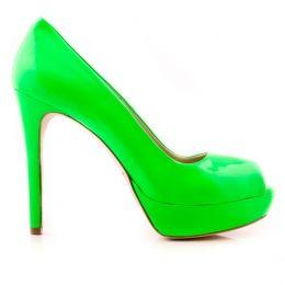 Amazing color! Wonderful shoes!