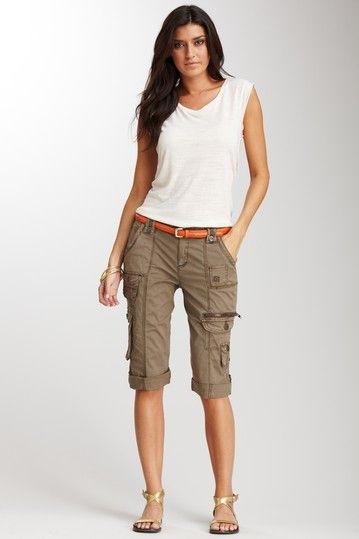 Some great lookin' cargo pants.