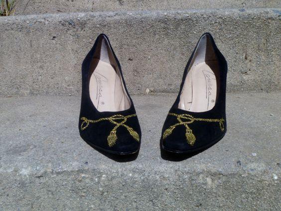 Vintage 1980's Nautical Tassel Heels Black Suede by by nikylee, $30.00
