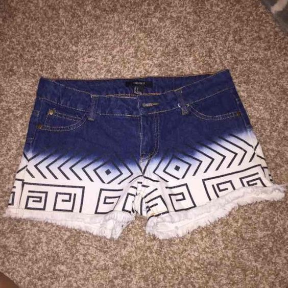 size small tribal shorts! forever 21! NWOT NWOT! buy on PayPal for $15 and get free shipping AND a tracking number! Forever 21 Shorts Jean Shorts
