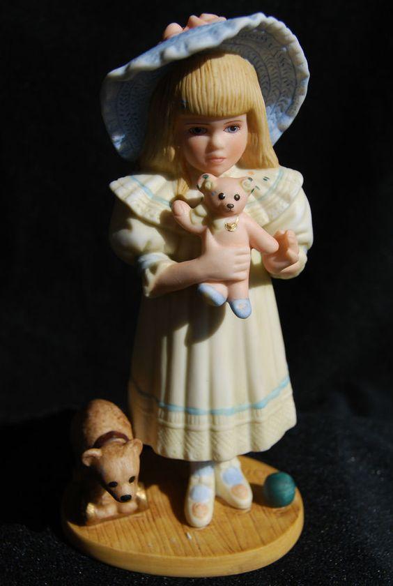 "JAN HAGARA COLLECTABLES PORCELAIN FIGURINE ""SHELLEY""MIB #Figurine"