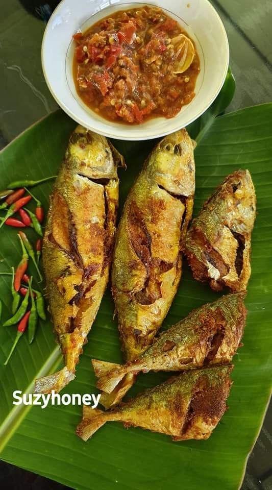 Fresh Fried Fish Or Ikan Goreng Fried Fish Food Fresh