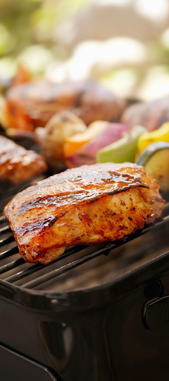 Barbecue season is in full swing! Prepare your dishes and keep them cool in a #Siemens refrigerator until needed. // Die Grillsaison ist in vollem Gange! Besonders frisch bleiben vorbereitete Speisen für den Grill im #Siemens Kühlschrank. #enjoysiemens