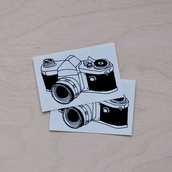 Julia Rothman returns with a series of vintage camera designs! This classic SLR…