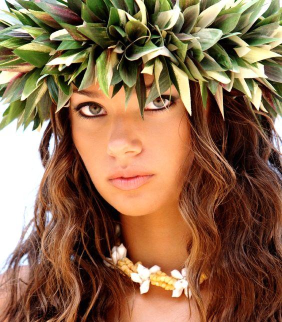 Hawaiian Wedding Hairstyles: Tahitian Floral Crown Keywords: #hairstyles #weddinghair