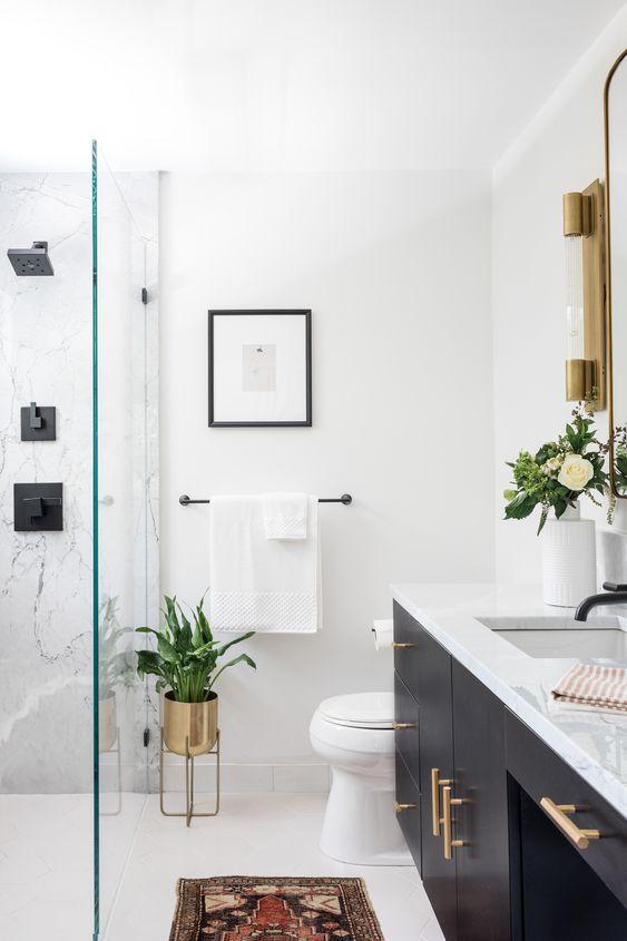 Beautiful bathroom ideas and inspiration - glam black and white bathroom #bathroomdecor Master Bathroom - Arazi Levine Design