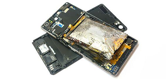 Smartphones: Handy-Akkus mit bedrohlichen Blähungen Recht auf Reparatur bei Beschädigung