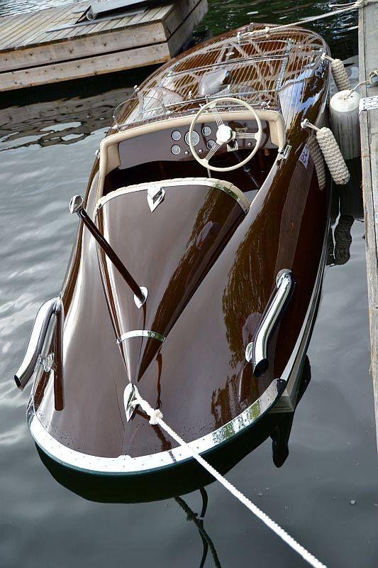 Luxury, wood speed boat. via:boatandsea. ZsaZsa Bellagio – Like No Other: guys