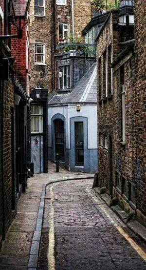 Fitzrovia, Neighbourhood Walk, London