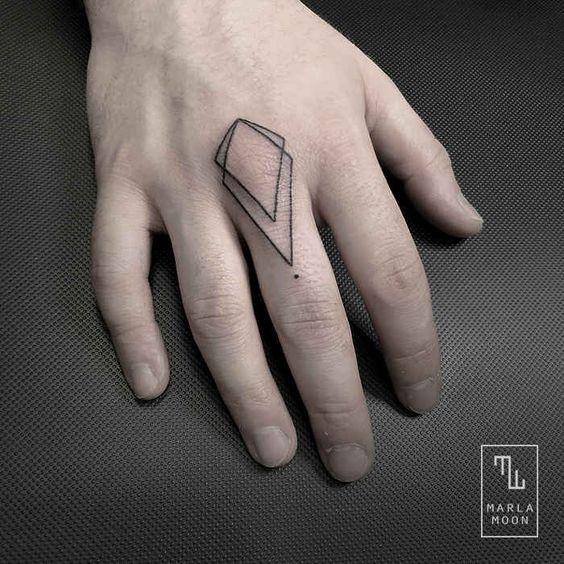 Marla Moon Creates The Most Beautiful Geometric Tattoos - UltraLinx