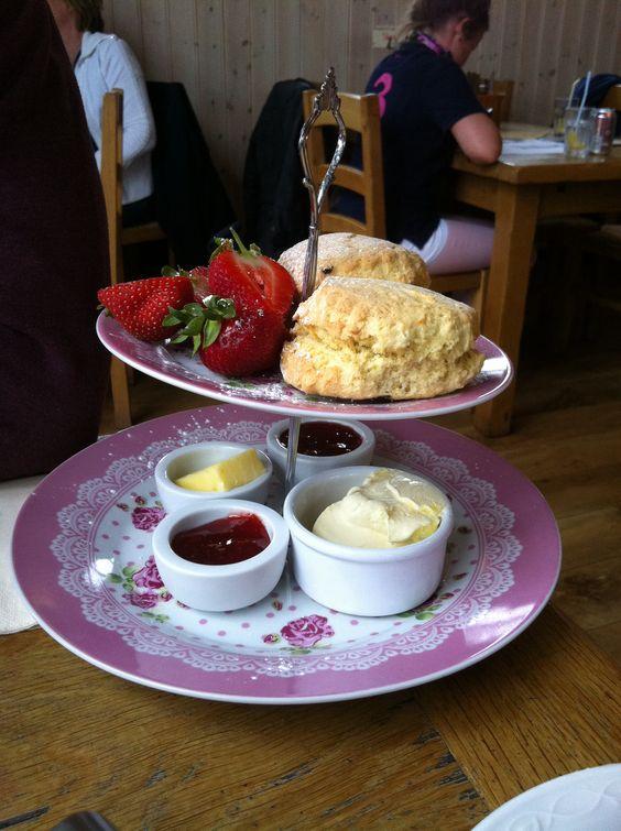 Afternoon tea at Packington Moor