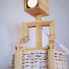lampe design en bois bonhomme brico pinterest. Black Bedroom Furniture Sets. Home Design Ideas