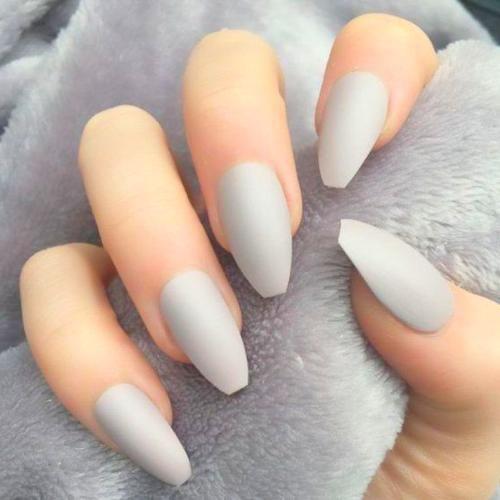 Fall Nails In 2020 Light Gray Nails Gray Nails Fall Nail Colors
