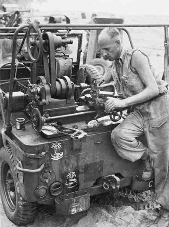 4th-Armoured-jeep-lathe.jpg (850×1140)