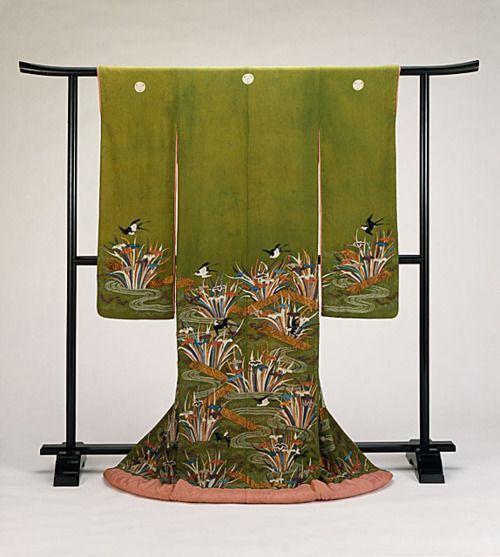 Edo-era furisode via The Los Angeles County Museum of Art