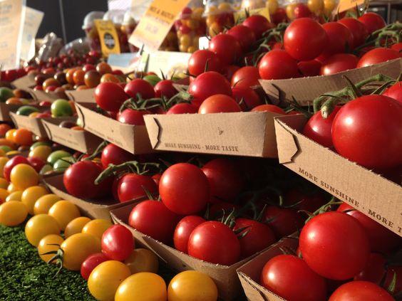 Beautiful Isle of Wight Tomatoes at Abergavenny Food Festival 2015 #abergavenny #food #festival #fresh #produce #tomato #farmersmarket #colourful