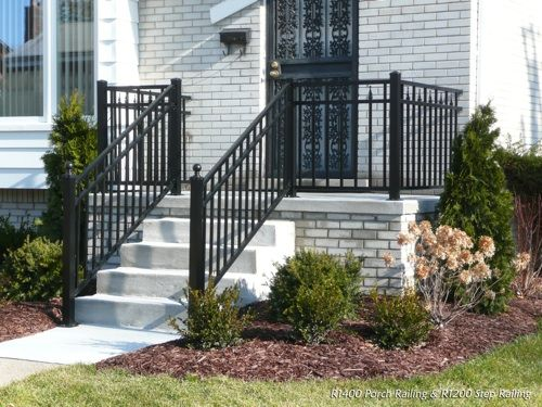 R aluminum railing in black color front porch and