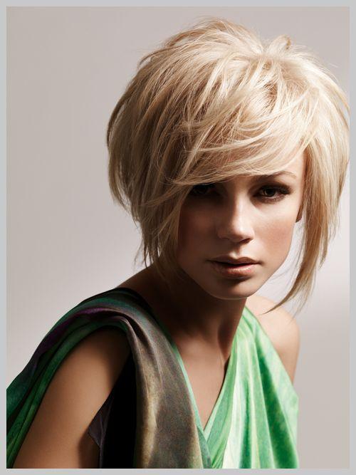 cheveux court recherche google coupes de cheveux pinterest google coiffures and blond. Black Bedroom Furniture Sets. Home Design Ideas