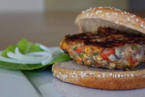 Veggie burger: Burgers Including Veggie, Cookout Veggie, Homemade Veggie Burgers, Veggie Burger Recipes, Yummy Recipes, Recipes Sandwiches, Summer Cookout, Burger Yummmm