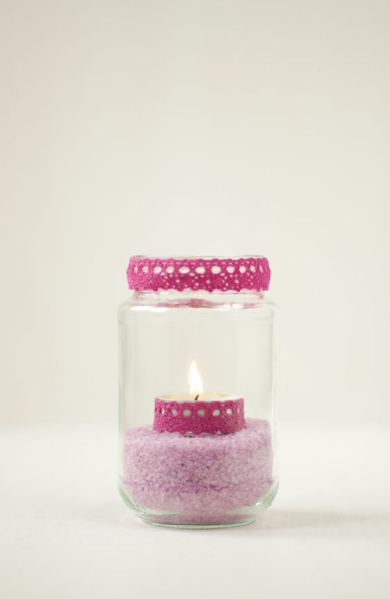 Decora tus tarros de cristal con sal de colores y fabric tape