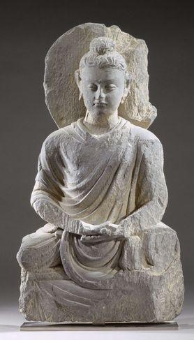 Bouddha assis, Gandhara, IIIe siècle, schiste -  offert au Musée Guimet par Clemenceau en 1927.