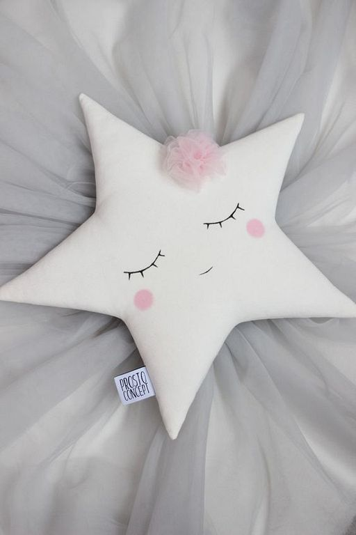 20+ Super Cute Kids Pillow Ideas For Nursery Room Decorating