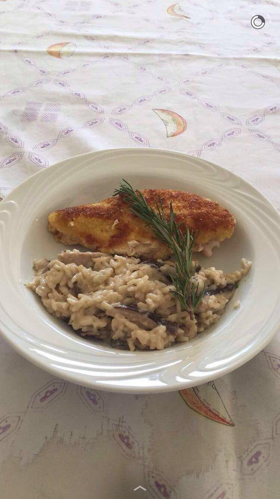 Risoto de shitake com frango na crosta de pão