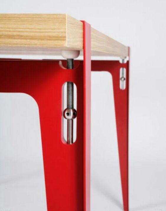 Table leg #details . Herrajes a la vista!