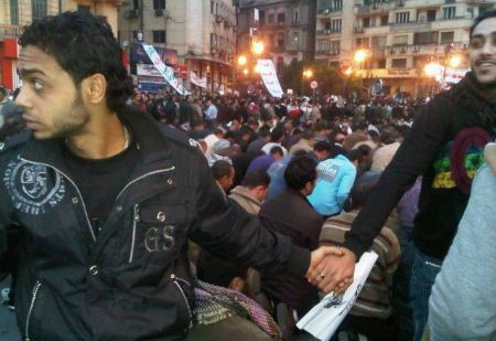 Getting Along: Christians Protecting Praying Muslims in Egypt