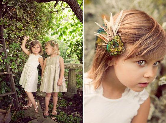 Découvrez tous les accessoires cheveux et accessoires de coiffure de mariage pour enfant, headband,