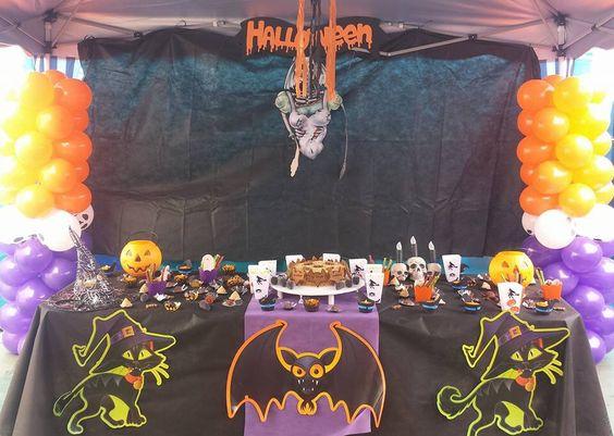 Festa halloween   Biscoitos: Uddy Biscoitos caseiros Doces, bolo e salgados: Petsserie Chérie