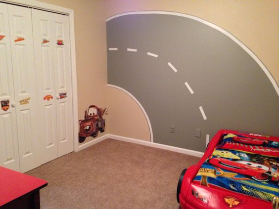Disney cars bedroom i think the road mural i painted for Boys bedroom ideas cars