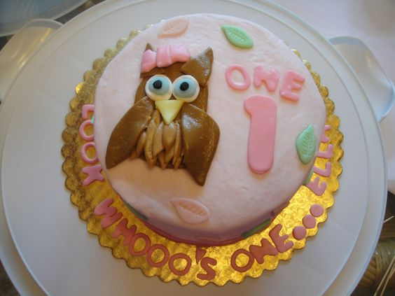 Happy Birthday Ella! This cake was a Hoot to make! Made by Tastes So Sweet.