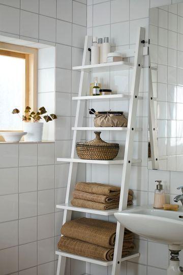 Echelle étagère de rangement - Petite salle de bains : pratique et mignonne - CôtéMaison.fr