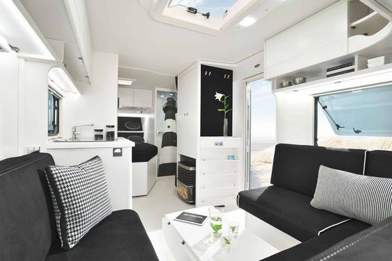 Launch interior mobile home | caravan on Kampeer en Caravan Beurs | Jaarbeurs Utrecht. In cooperation with Dethleffs and Isabella. #caravan #mobilehome #jaarbeurs #dethleffs #kamperen #stijl #interieur #interior #ontwerp