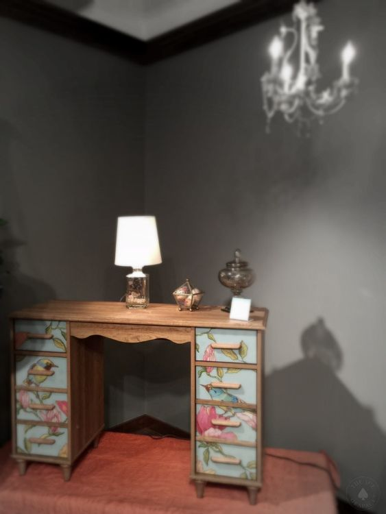 What's hot at High Point Fall Market 2015? Florals on furniture or on flooring, it's dramatic, whimsical and trending.